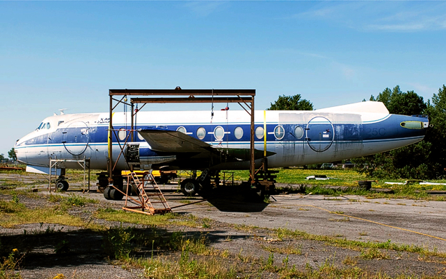 Viscount 757 c/n 384 C-FTID-X being dismantled for the move to Laval