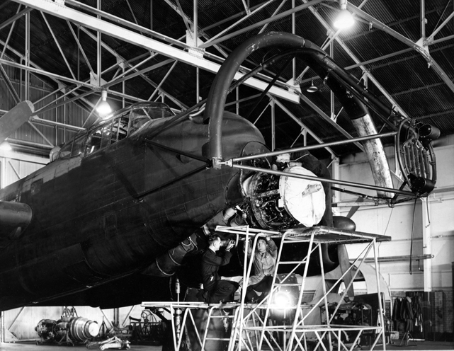 Later a spray grid was installed in front of the propeller to allow icing trials to be conducted